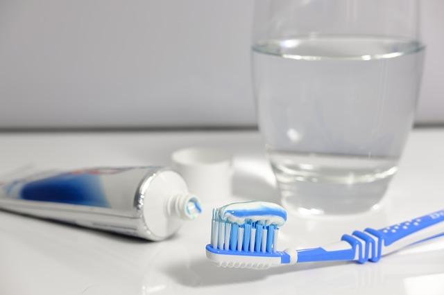 Preturi implanturi dentare